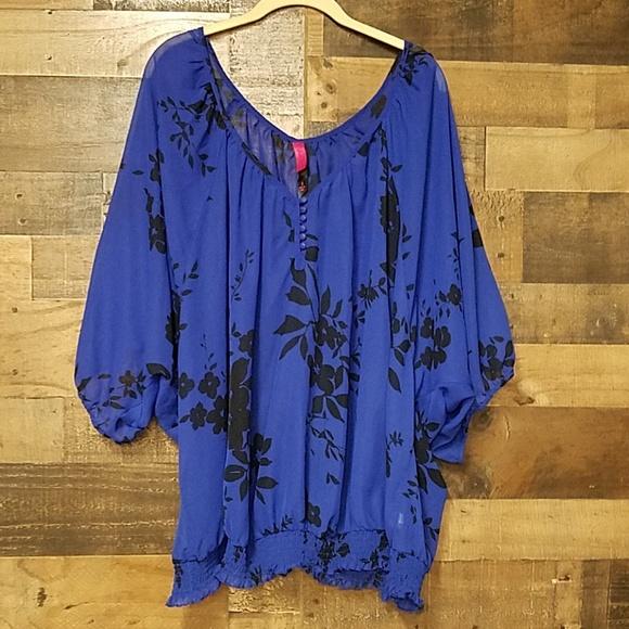 Pure Energy Tops - Pure Energy blue floral blouse plus size 4